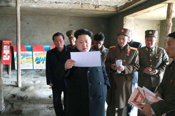 150306 - SK - KIM JONG UN - Marschall KIM JONG UN besichtigte die Baustelle des Altersheims der Stadt Pyongyang - 04 - 경애하는 김정은동지께서 평양시양로원건설장을 현지지도하시였다