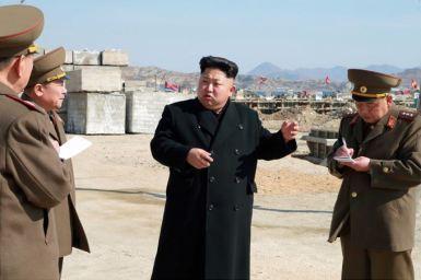 150314 - SK - KIM JONG UN - Marschall KIM JONG UN besuchte den Bauplatz eines Fischfangbetriebes - 03 - 경애하는 김정은동지께서 5월27일수산사업소건설장을 현지지도하시였다