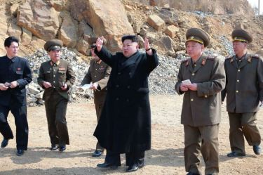 150327 - SK - KIM JONG UN - Marschall KIM JONG UN besichtigte den Bauplatz einer Fischverarbeitungsbasis - 10 - 경애하는 김정은동지께서 금산포젓갈가공공장과 금산포수산사업소건설장을 현지지도하시였다