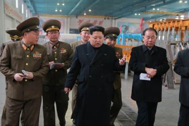 150401 - SK - Marschall KIM JONG UN besichtigte ein Maschinenwerk - 06 - 경애하는 김정은동지께서 전동렬동무가 사업하는 기계공장을 현지지도하시였다