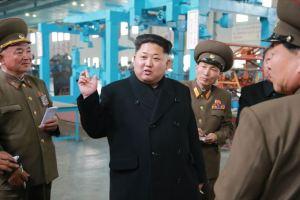 150401 - SK - Marschall KIM JONG UN besichtigte ein Maschinenwerk - 07 - 경애하는 김정은동지께서 전동렬동무가 사업하는 기계공장을 현지지도하시였다
