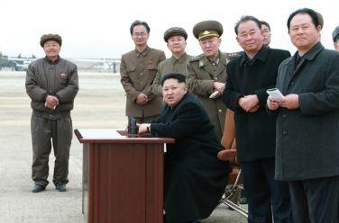 150401 - SK - Marschall KIM JONG UN besichtigte ein Maschinenwerk - 11 - 경애하는 김정은동지께서 전동렬동무가 사업하는 기계공장을 현지지도하시였다