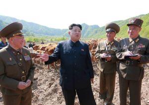 150511 - SK - KIM JONG UN - Genosse KIM JONG UN besuchte die Rinderfarm '18. Juli' - 04 - 경애하는 김정은동지께서 조선인민군 제580군부대산하 7월18일소목장을 현지지도하시였다