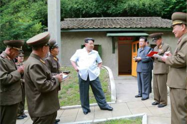 150609 - RS - KIM JONG UN - Marschall KIM JONG UN besuchte die Historische Gedenkstätte über den Vaterländischen Befreiungskrieg - 03 - 경애하는 김정은동지께서 조국해방전쟁사적지를 현지지도하시였다