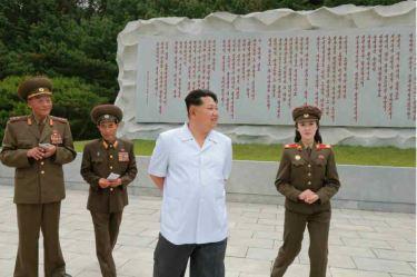 150609 - RS - KIM JONG UN - Marschall KIM JONG UN besuchte die Historische Gedenkstätte über den Vaterländischen Befreiungskrieg - 08 - 경애하는 김정은동지께서 조국해방전쟁사적지를 현지지도하시였다