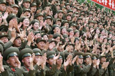 150613 - SK - KIM JONG UN - Marschall KIM JONG UN inspizierte die Flakartillerieoffizierschule - 05 - 조선인민군 최고사령관 김정은동지께서 고사포병군관학교를 시찰하시였다