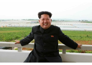 150630 - RS - KIM JONG UN - Genosse KIM JONG UN besuchte den Genossenschaftlichen Landwirtschaftsbetrieb Jangchon für Gemüsebau - 18 - 경애하는 김정은동지께서 사회주의농촌문화건설의 본보기, 기준으로 천지개벽된 평양시 사동구역 장천남새전문협동농장을 현지지도하시였다