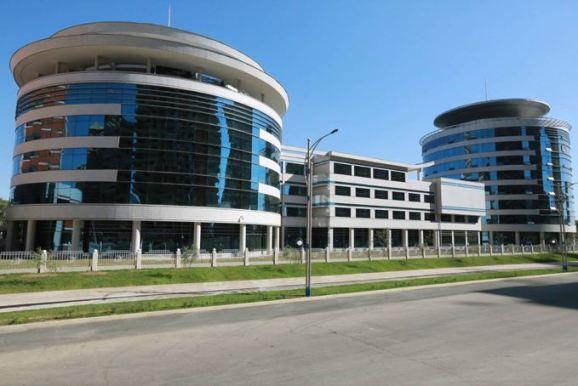 150703 - SK - KIM JONG UN - Marschall KIM JONG UN besichtigte das neu gebaute Institut für Automatisierung an der TU 'Kim Chaek' - 02 - 경애하는 김정은동지께서 새로 건설한 김책공업종합대학 자동화연구소를 현지지도하시였다