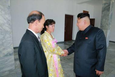 150720 - SK - KIM JONG UN - Genosse KIM JONG UN nahm an den Kommunalwahlen teil - 03 - 경애하는 김정은동지께서 도, 시, 군인민회의 대의원선거에 참가하시였다