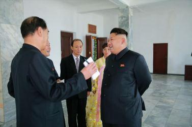 150720 - SK - KIM JONG UN - Genosse KIM JONG UN nahm an den Kommunalwahlen teil - 04 - 경애하는 김정은동지께서 도, 시, 군인민회의 대의원선거에 참가하시였다