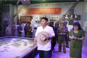 150723 - SK - KIM JONG UN - Marschall KIM JONG UN besuchte das neu gebaute Museum Sinchon - 07 - 경애하는 김정은동지께서 새로 건설한 신천박물관을 현지지도하시였다