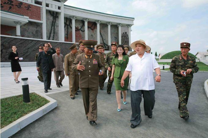 150723 - SK - KIM JONG UN - Marschall KIM JONG UN besuchte das neu gebaute Museum Sinchon - 11 - 경애하는 김정은동지께서 새로 건설한 신천박물관을 현지지도하시였다