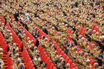 150726 - SK - KIM JONG UN - Das feierliche 4. Landestreffen der Kriegsveteranen in Anwesenheit vom Marschall KIM JONG UN - 08 - 경애하는 김정은동지께서 제4차 전국로병대회에서 하신 축하연설