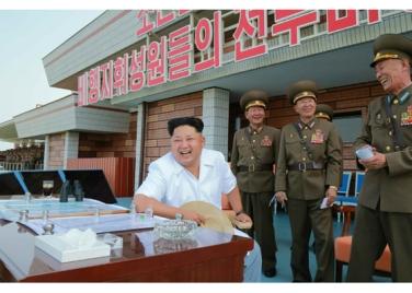150730 - RS - KIM JONG UN - 01 - 경애하는 김정은동지께서 위대한 조국해방전쟁승리 62돐을 맞으며 진행된 《조선인민군 항공 및 반항공군 비행지휘성원들의 전투비행술경기대회-2015》를 지도하시였다
