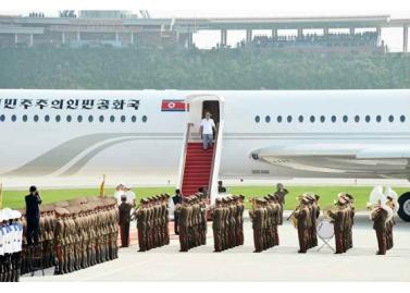 150730 - RS - KIM JONG UN - 02 - 경애하는 김정은동지께서 위대한 조국해방전쟁승리 62돐을 맞으며 진행된 《조선인민군 항공 및 반항공군 비행지휘성원들의 전투비행술경기대회-2015》를 지도하시였다