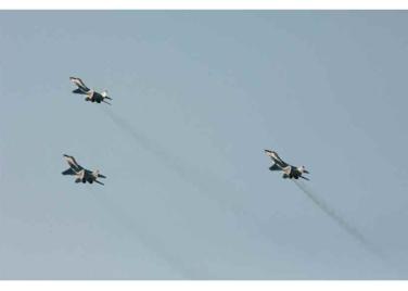 150730 - RS - KIM JONG UN - 07 - 경애하는 김정은동지께서 위대한 조국해방전쟁승리 62돐을 맞으며 진행된 《조선인민군 항공 및 반항공군 비행지휘성원들의 전투비행술경기대회-2015》를 지도하시였다