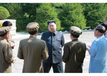 150904 - RS - KIM JONG UN - Marschall KIM JONG UN besuchte das Messgerätewerk Sinuiju - 02 - 경애하는 김정은동지께서 신의주측정계기공장을 현지지도하시였다