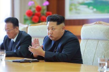 150908 - SK - KIM JONG UN - Marschall KIM JONG UN empfängt Staatsdelegation Kubas - 04