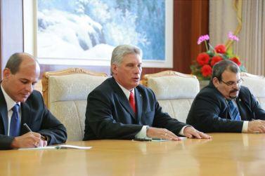 150908 - SK - KIM JONG UN - Marschall KIM JONG UN empfängt Staatsdelegation Kubas - 05