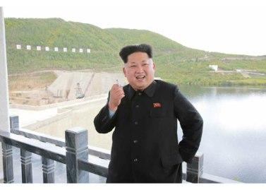 150914 - RS - KIM JONG UN - Marschall KIM JONG UN besuchte die Baustelle des Kraftwerkes der Heroischen Paektusan-Jugend, das vor der Einweihung steht - 10 - 경애하는 김정은동지께서 완공을 앞둔 백두산영웅청년발전소 건설장을 현지지도하시였다