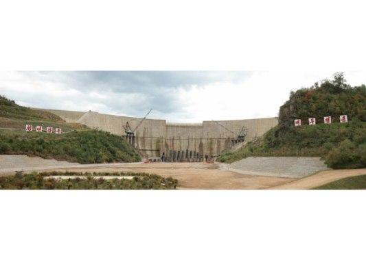 150914 - RS - KIM JONG UN - Marschall KIM JONG UN besuchte die Baustelle des Kraftwerkes der Heroischen Paektusan-Jugend, das vor der Einweihung steht - 20 - 경애하는 김정은동지께서 완공을 앞둔 백두산영웅청년발전소 건설장을 현지지도하시였다