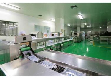 151001 - RS - KIM JONG UN - Marschall KIM JONG UN besichtigte das Pharmakombinat Jongsong - 08 - 경애하는 김정은동지께서 정성제약종합공장을 현지지도하시였다