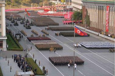 151011 - SK - KIM JONG UN - Parade und Massenkundgebung zum 70. Gründungstag der PdAK in Anwesenheit von Genossen KIM JONG UN - 11