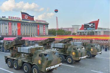151011 - SK - KIM JONG UN - Parade und Massenkundgebung zum 70. Gründungstag der PdAK in Anwesenheit von Genossen KIM JONG UN - 15