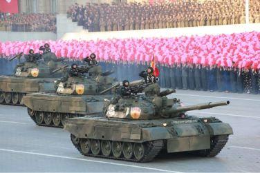151011 - SK - KIM JONG UN - Parade und Massenkundgebung zum 70. Gründungstag der PdAK in Anwesenheit von Genossen KIM JONG UN - 16