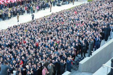 151011 - SK - KIM JONG UN - Parade und Massenkundgebung zum 70. Gründungstag der PdAK in Anwesenheit von Genossen KIM JONG UN - 27