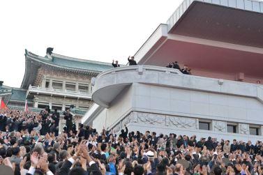 151011 - SK - KIM JONG UN - Parade und Massenkundgebung zum 70. Gründungstag der PdAK in Anwesenheit von Genossen KIM JONG UN - 28