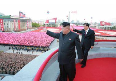 151011 - SK - KIM JONG UN - Parade und Massenkundgebung zum 70. Gründungstag der PdAK in Anwesenheit von Genossen KIM JONG UN - 30