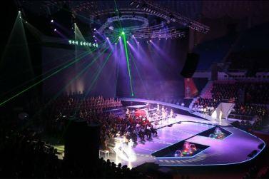 151019 - SK - KIM JONG UN - Marschall KIM JONG UN besuchte ein gemeinsames Konzert des Verdienten Staatlichen Chorensembles und der Moranbong Band - 07 - 경애하는 김정은동지께서 조선로동당창건 70돐경축 공훈국가합창단과 모란봉악단의 합동공연을 관람하시였다