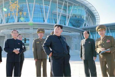 151028 - 조선의 오늘 - KIM JONG UN - Marschall KIM JONG UN besuchte den ausgezeichnet fertig gebauten Palast der Wissenschaft und Technik - 02 - 위대한 당의 전민과학기술인재화방침이 완벽하게 반영된 국보적인 건축물 경애하는 김정은동지께서 과학기술전당을 현지지도하시였다
