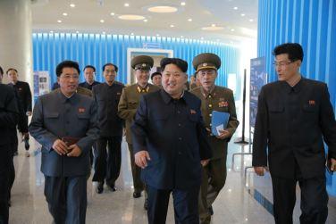 151028 - 조선의 오늘 - KIM JONG UN - Marschall KIM JONG UN besuchte den ausgezeichnet fertig gebauten Palast der Wissenschaft und Technik - 07 - 위대한 당의 전민과학기술인재화방침이 완벽하게 반영된 국보적인 건축물 경애하는 김정은동지께서 과학기술전당을 현지지도하시였다