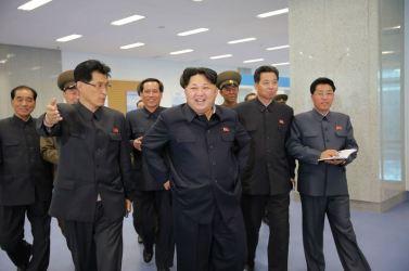 151028 - 조선의 오늘 - KIM JONG UN - Marschall KIM JONG UN besuchte den ausgezeichnet fertig gebauten Palast der Wissenschaft und Technik - 10 - 위대한 당의 전민과학기술인재화방침이 완벽하게 반영된 국보적인 건축물 경애하는 김정은동지께서 과학기술전당을 현지지도하시였다