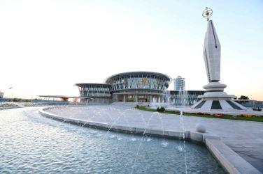 151028 - 조선의 오늘 - KIM JONG UN - Marschall KIM JONG UN besuchte den ausgezeichnet fertig gebauten Palast der Wissenschaft und Technik - 29 - 위대한 당의 전민과학기술인재화방침이 완벽하게 반영된 국보적인 건축물 경애하는 김정은동지께서 과학기술전당을 현지지도하시였다