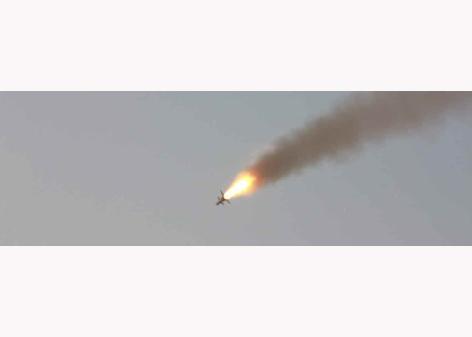 151103 - RS - KIM JONG UN - Marschall KIM JONG UN besuchte eine Fliegerabwehrraketenübung der Luftabwehrtruppen der KVA an der Westfront - 08 - 경애하는 김정은동지께서 조선인민군 서부전선 반항공부대들의 고사로케트사격훈련을 보시였다
