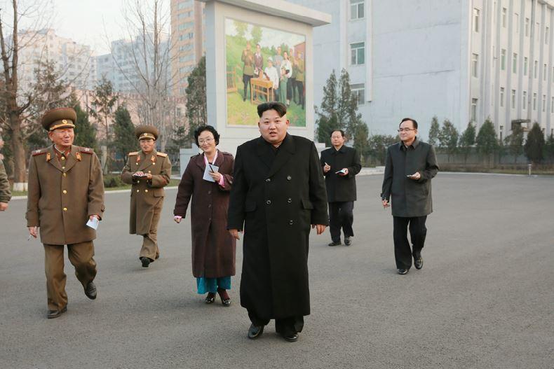 151210 - 조선의 오늘 - KIM JONG UN - Marschall KIM JONG UN besichtigte die Historische Revolutionäre Gedenkstätte Pyongchon - 01 - 경애하는 김정은동지께서 새로 개건된 평천혁명사적지를 현지지도하시였다