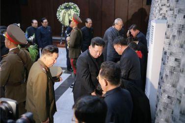 151231 - 조선의 오늘 - KIM JONG UN - 03 - 경애하는 김정은동지께서 고 김양건동지의 령구를 찾으시여 깊은 애도의 뜻을 표시하시였다