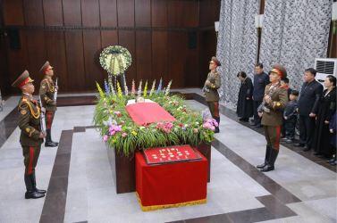 151231 - 조선의 오늘 - KIM JONG UN - 04 - 경애하는 김정은동지께서 고 김양건동지의 령구를 찾으시여 깊은 애도의 뜻을 표시하시였다