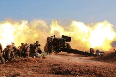 160105 - SK - KIM JONG UN - Marschall KIM JONG UN sah sich einen Artilleriefeuerwettbewerb zwischen den großen Truppenverbänden der KVA an - 05 - 경애하는 김정은동지께서 조선인민군 대련합부대들의 포사격경기를 보시였다
