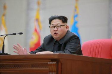 160110 - 조선의 오늘 - KIM JONG UN - Marschall KIM JONG UN hielt im Ministerium für Volksstreitkräfte eine programmatische Rede - 03 - 경애하는 김정은동지께서 새해에 즈음하여 인민무력부를 축하방문하시고 강령적인 연설을 하시였다