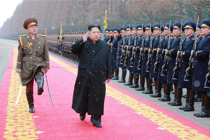 160110 - SK - KIM JONG UN - Marschall KIM JONG UN hielt im Ministerium für Volksstreitkräfte eine programmatische Rede - 01 - 경애하는 김정은동지께서 새해에 즈음하여 인민무력부를 축하방문하시고 강령적인 연설을 하시였다