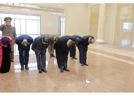 160120 - RS - KIM JONG UN - Marschall KIM JONG UN besichtigte das neu gebaute Historische Museum der Jugendbewegung - 02 - 경애하는 김정은동지께서 새로 건설된 청년운동사적관을 현지지도하시였다