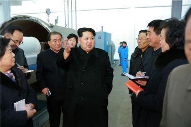 160128 - 조선의 오늘 - KIM JONG UN - Marschall KIM JONG UN besichtigte die Pyongyanger Textilfabrik 'Kim Jong Suk' - 15 - 경애하는 김정은동지께서 김정숙평양방직공장을 현지지도하시였다