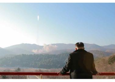 160208 - RS - KIM JONG UN - Start des Erdebeobachtungssatelliten 'Kwangmyongsong 4' - 05 - 조선민주주의인민공화국 국가우주개발국 보도 지구관측위성 《광명성-4》호 성과적으로 발사