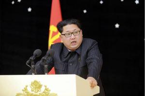 160215 - 조선의 오늘 - KIM JONG UN - Ein Bankett zu Ehren des gelungenen Startes von Kwangmyongsong -4 - 06 - 경애하는 김정은동지를 모시고 《광명성-4》호발사성공에 기여한 과학자, 기술자, 로동자, 일군들을 환영하는 연회가 성대히 진행되였다