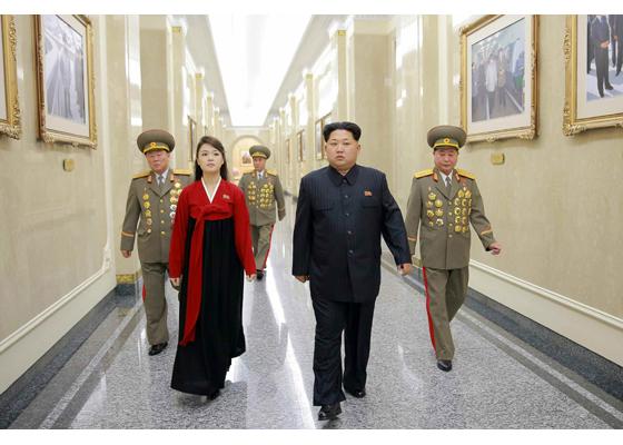160217 - RS - KIM JONG UN - Marschall KIM JONG UN besuchte den Sonnenpalast Kumsusan - 경애하는 김정은동지께서 광명성절에 즈음하여 금수산태양궁전을 찾으시였다