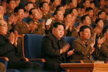 160223 - 조선의 오늘 - KIM JONG UN - Marschall KIM JONG UN wohnte dem Konzert zum 70. Gründungstag der Militärkapelle der KVA bei - 01 - 경애하는 김정은동지께서 조선인민군군악단창립 일흔돐기념 연주회를 관람하시였다